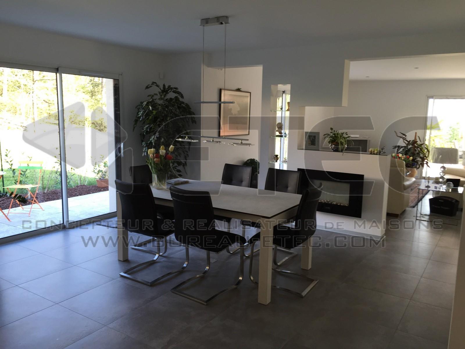 maison de style contemporain givry etec. Black Bedroom Furniture Sets. Home Design Ideas
